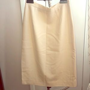 🎀 Vintage Cream pencil skirt Size 6
